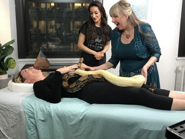 snake massage with Serpentessa