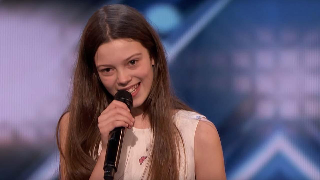 'America's Got Talent': 13-Year-Old Singer With Social Anxiety Shocks the  Audience With Her Soulful Voice