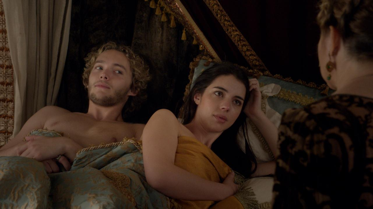 Exclusive Reign Sneak Peek Mary S Pregnant But Catherine Has
