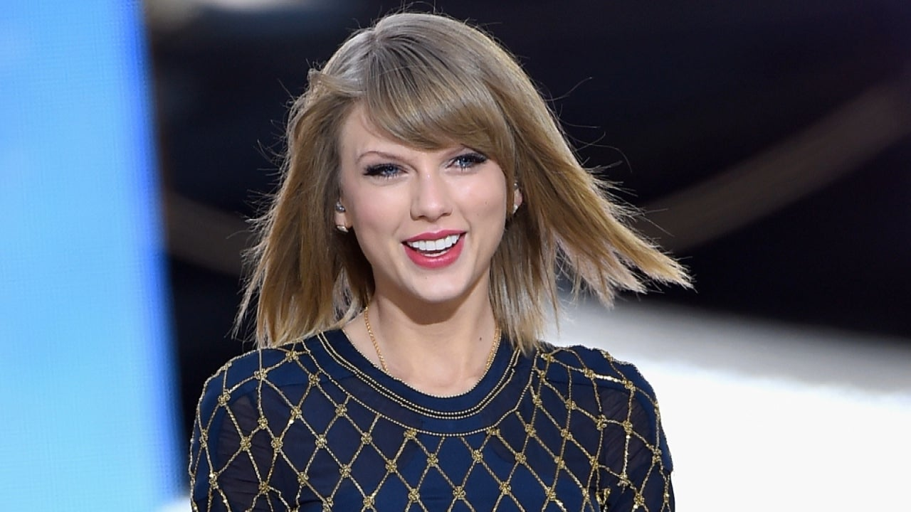 Stock Up On Swiftamine Taylor Swift Announces 1989 World Tour Dates Entertainment Tonight