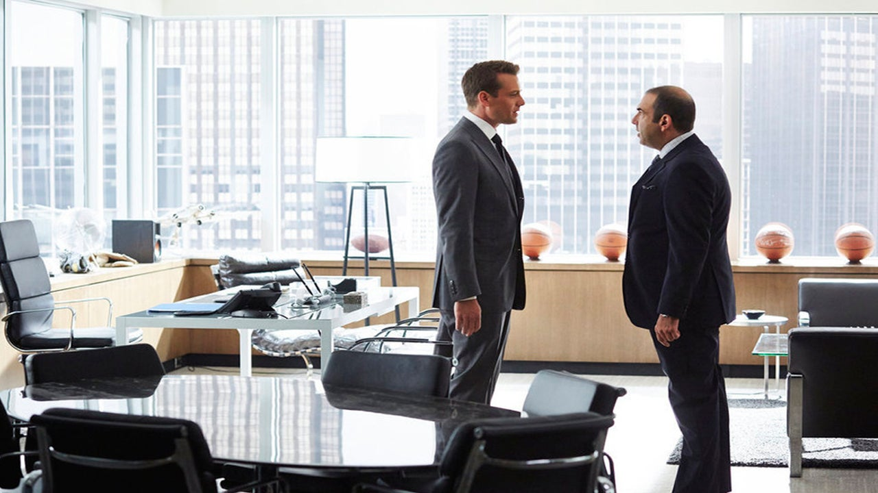 suits harvey specter office. \u0027Suits\u0027: Is Louis Stealing Harvey\u0027s Clients Away? Watch The Dramatic Confrontation! | Entertainment Tonight Suits Harvey Specter Office