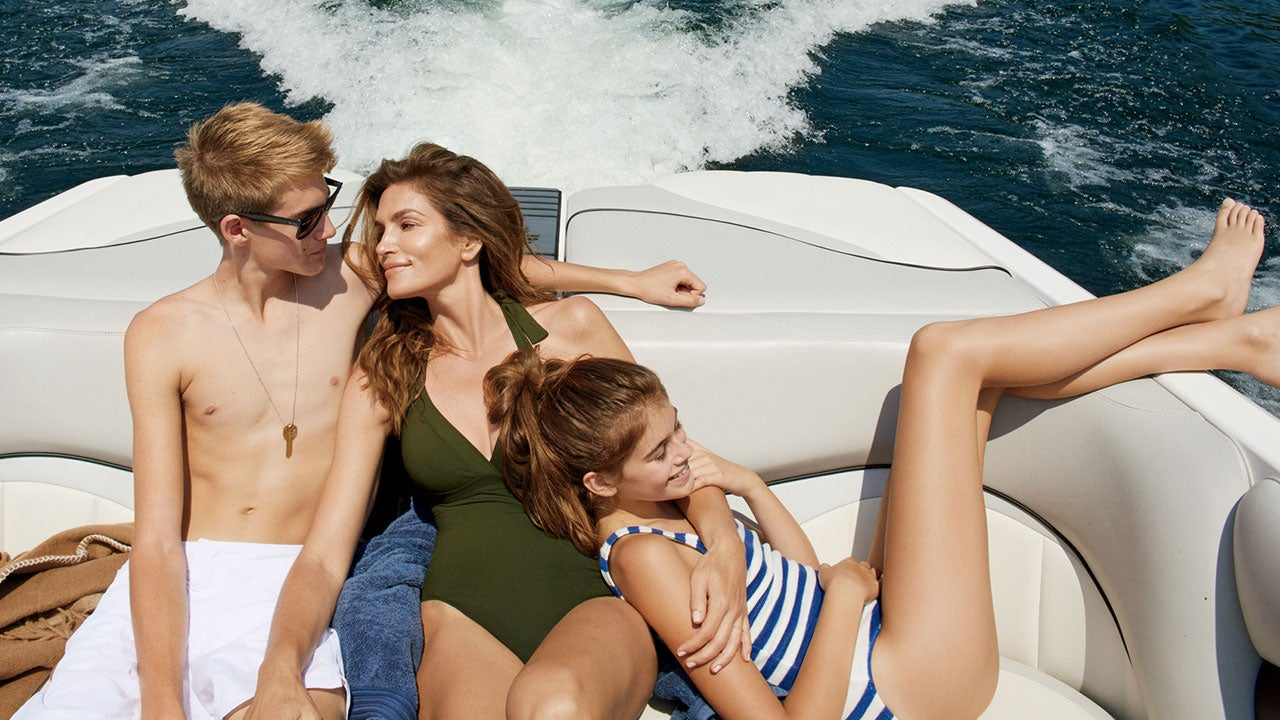 Cindy Crawford Stuns In Bathing Suit At  Alongside Her Gorgeous Kids See The Pics Entertainment Tonight