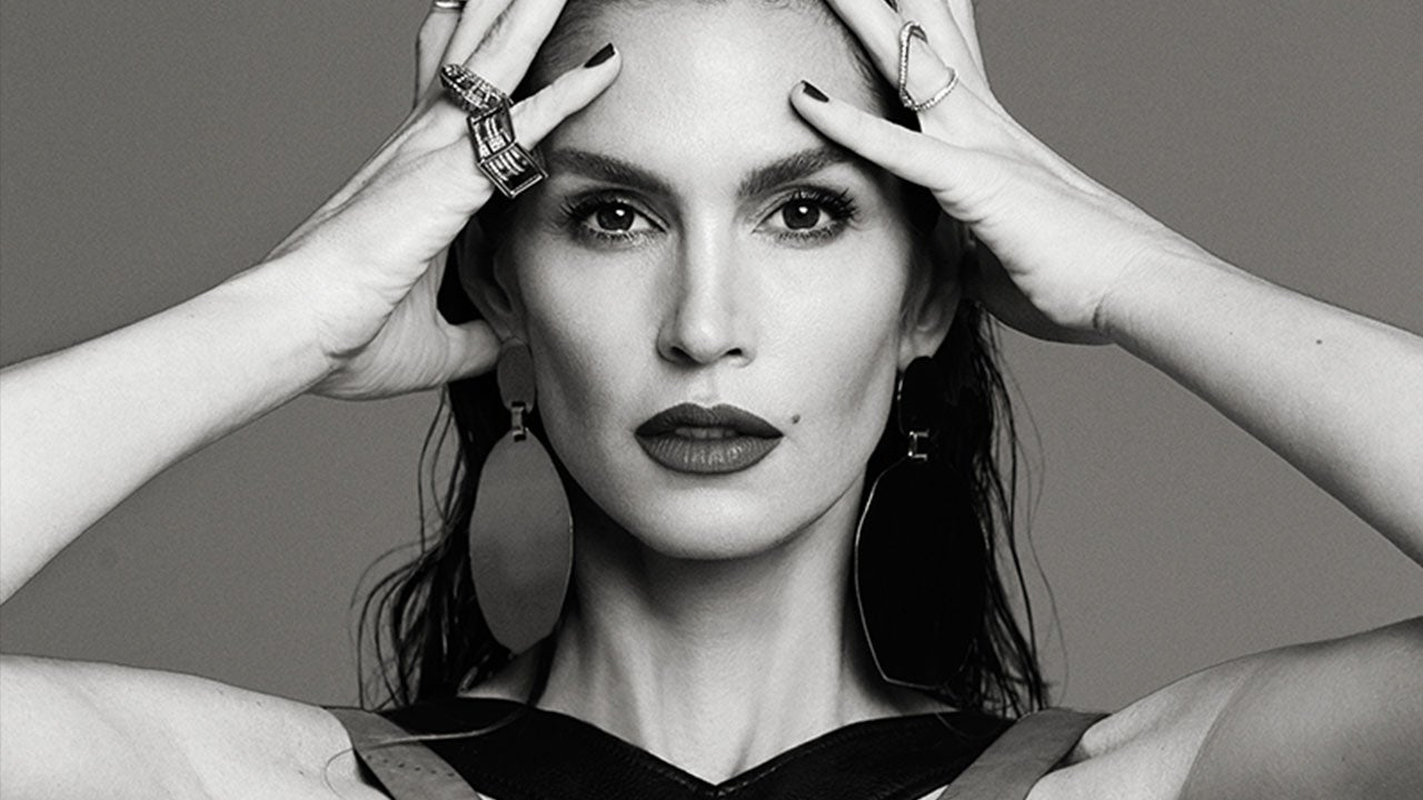 Cindy Crawford On Unretouched Photo Leak Why Would A Bad Picture