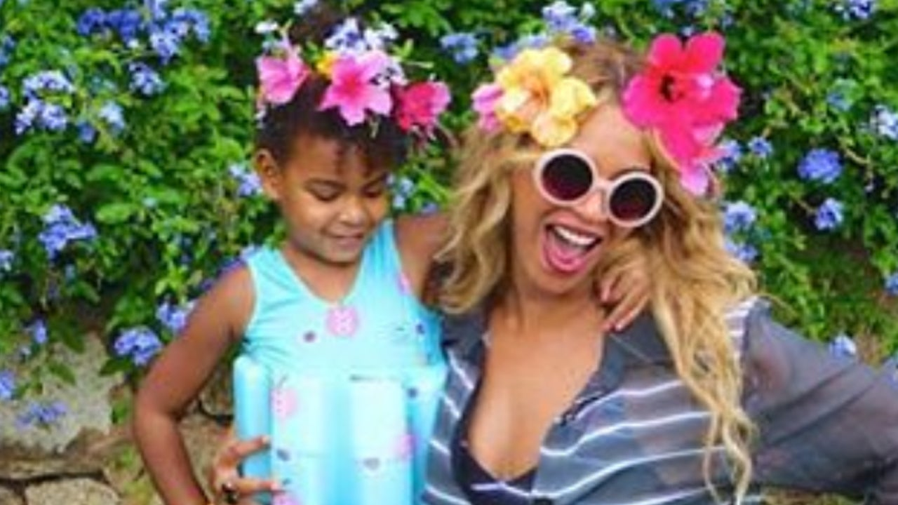 Beyonces daughter blue ivy shows off her awesome dance moves during beyonces daughter blue ivy shows off her awesome dance moves during italy vacation entertainment tonight izmirmasajfo