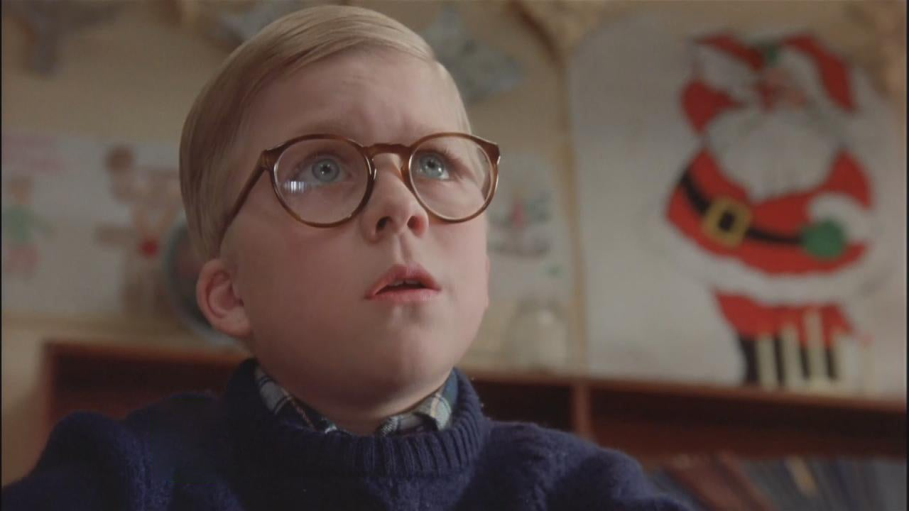 ET Tracks Down \'A Christmas Story\' Stars: Ralphie Is All Grown Up ...
