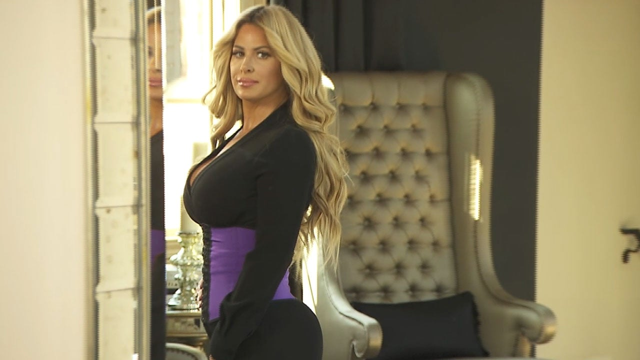 1a82f6373eed8 Kim Zolciak Says She Was Born With a Thigh Gap