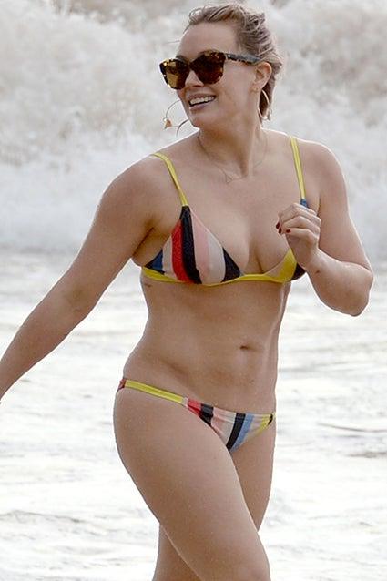 Niki appleton en bikini