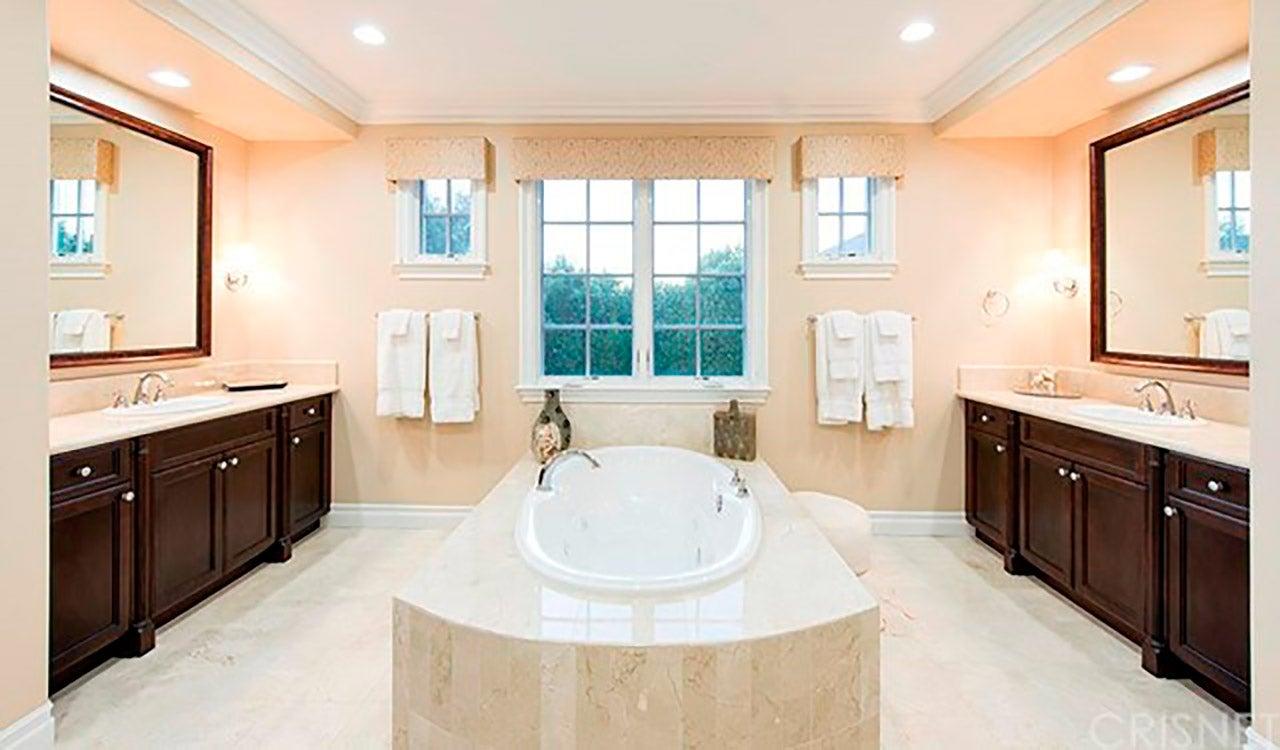 Kris Jenner Home Interior Secret Garden and Interior Design shop ...