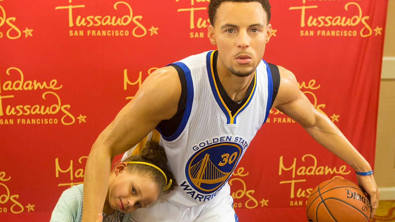 stephen curry u0026 39 s family continues to be the cutest at his