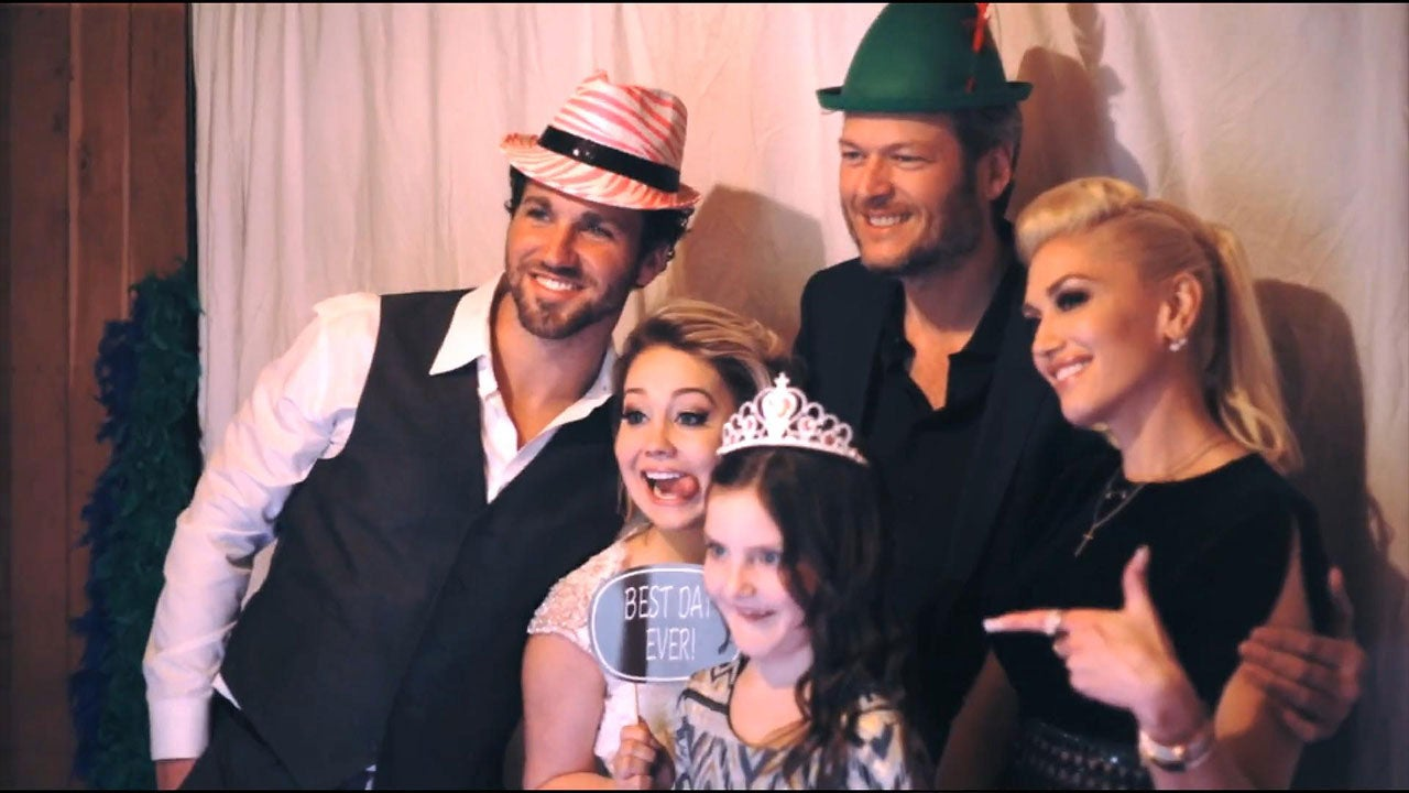 Exclusive Inside Raelynn S Whimsical Wedding See The First Kiss And Photo Booth Fun With Blake Shelton G Entertainment Tonight