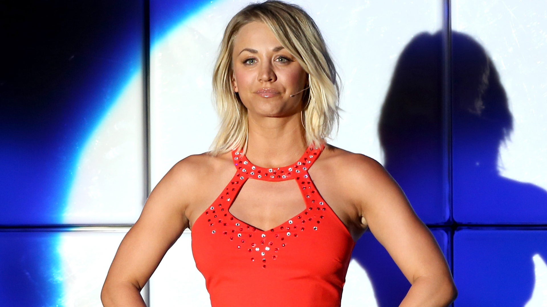 The Big Bang Theory Cast Performs Grease Songs And Kaley Cuoco