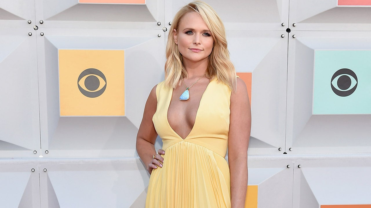 miranda lambert dishes on 39 vulnerable 39 new song 39 vice 39 39 being honest was never really a choice. Black Bedroom Furniture Sets. Home Design Ideas