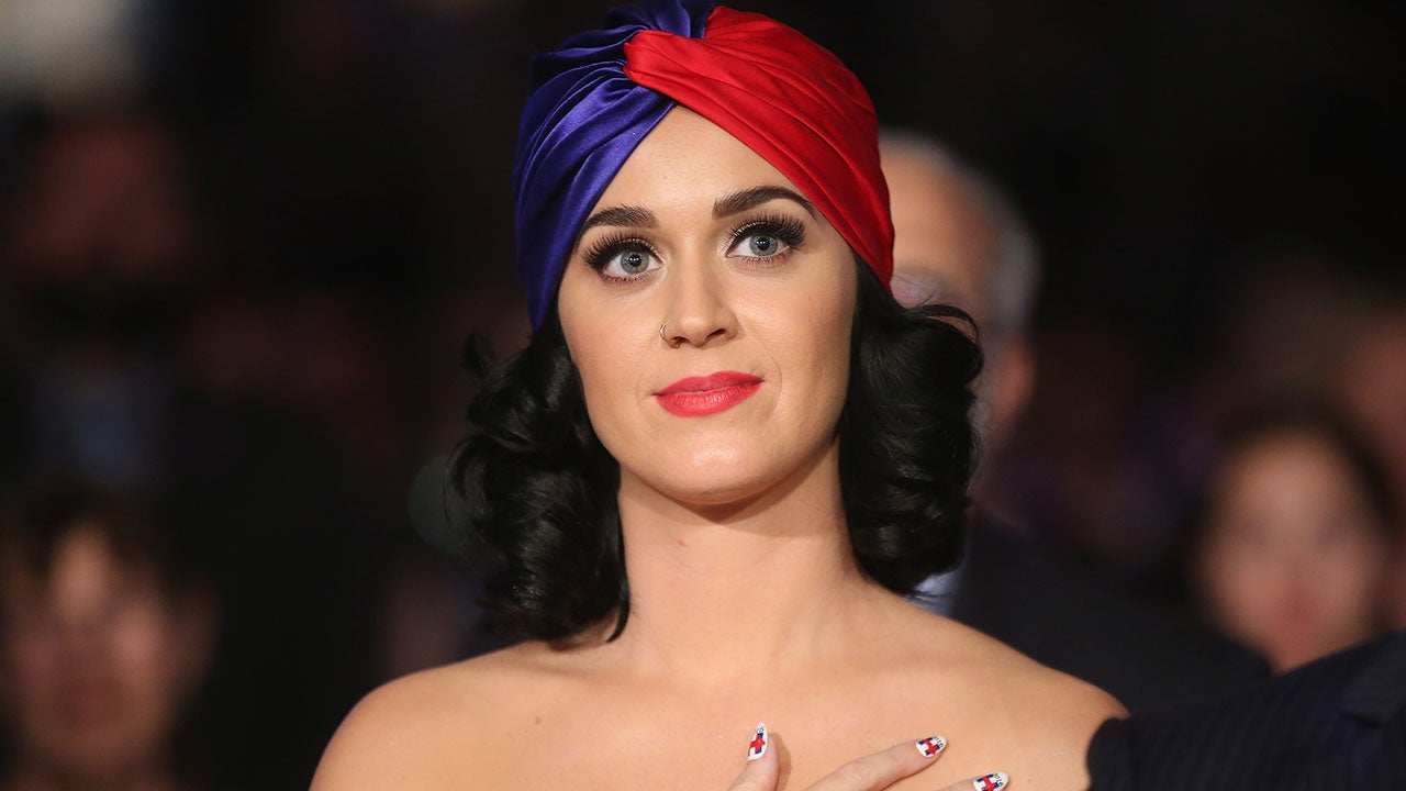 Katy Perrys Leaked Cell Phone Pictures