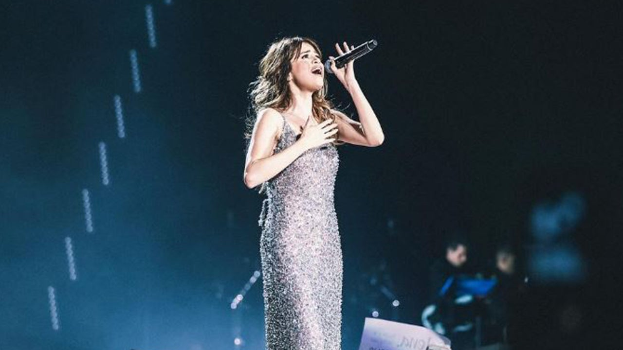 Selena Gomez Breaks Down During Tribute To Christina Grimmie At