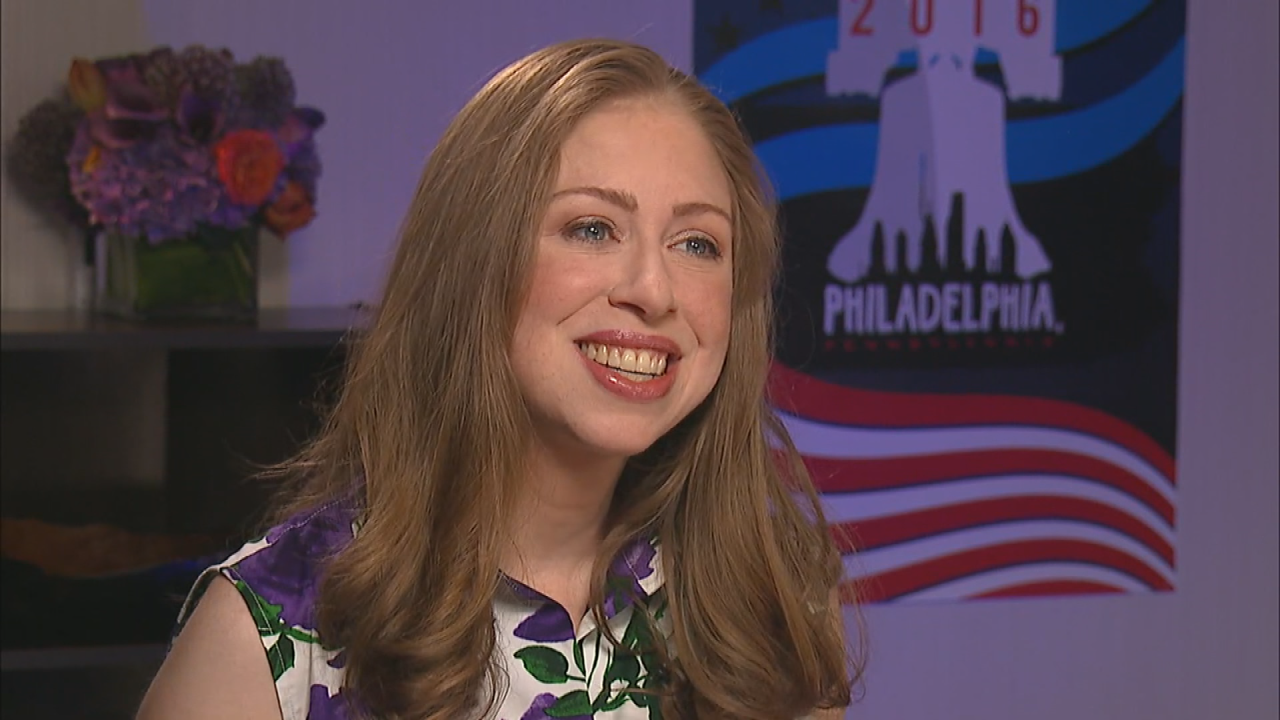 exclusive  chelsea clinton on what mom hillary has taught her about love and womanhood