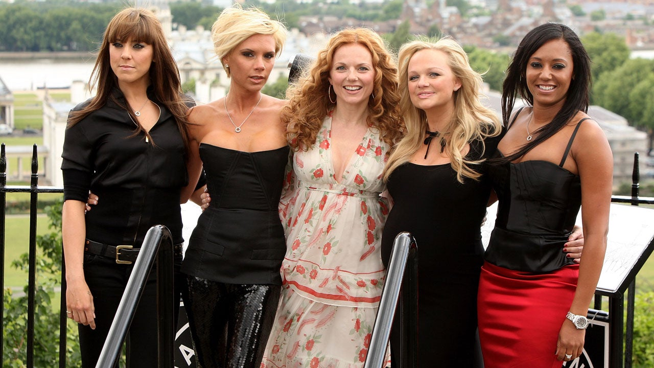 Remember when the Spice Girls' old manager revealed a secret about Victoria Beckham foto
