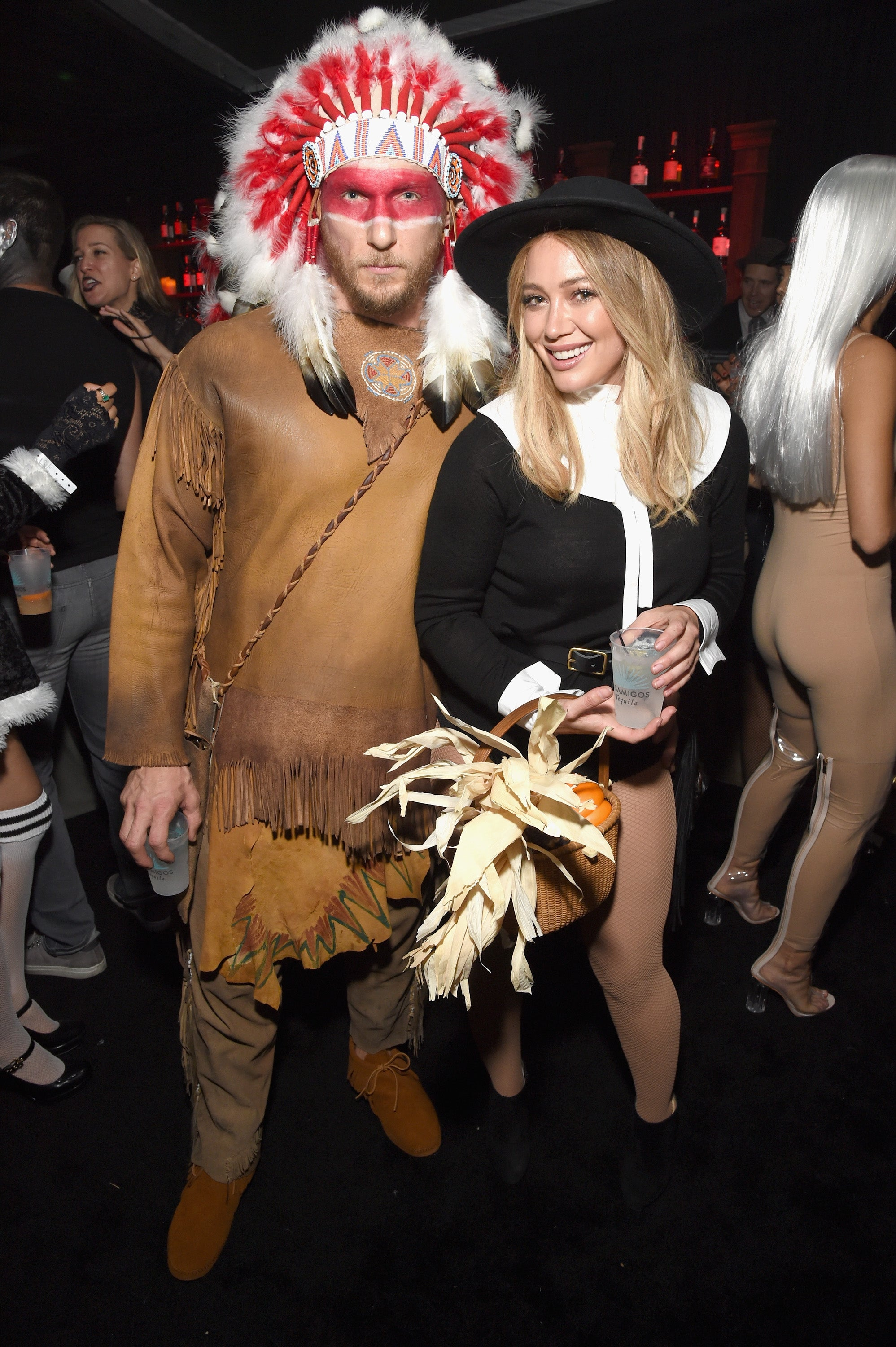 Hilary Duff Apologizes for Controversial Halloween Costume: 'It ...