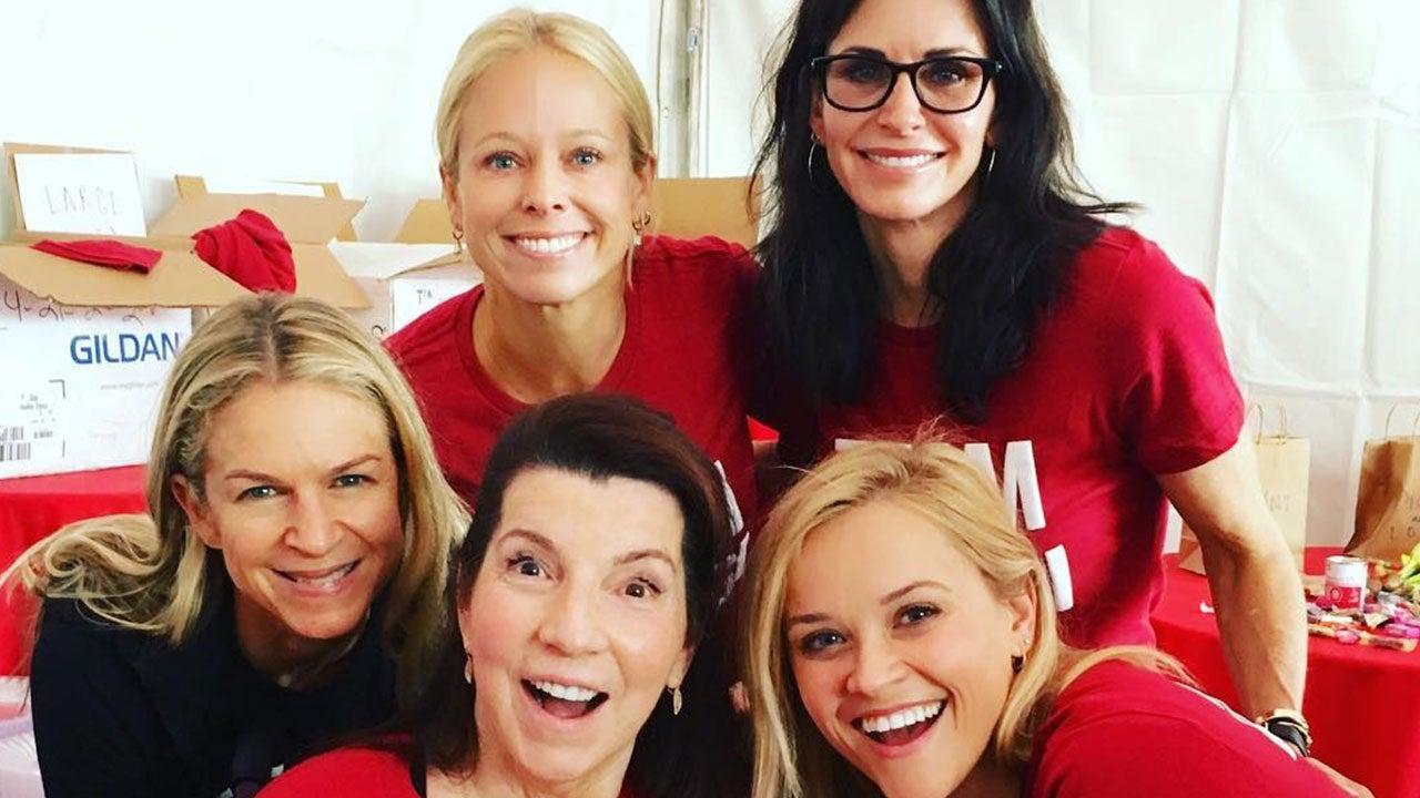 Renee Zellweger, Reese Witherspoon, Jennifer Garner and Courteney Cox Walk  to Defeat ALS