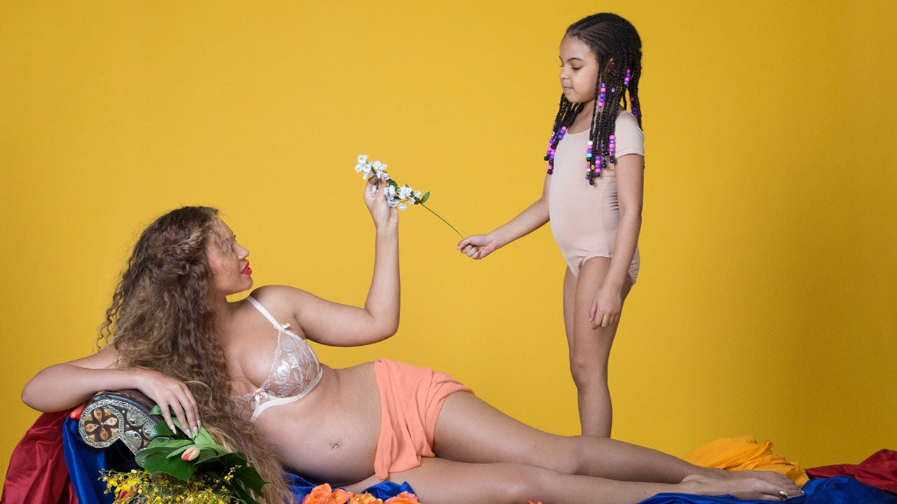 Mother daughter nude photo shoot
