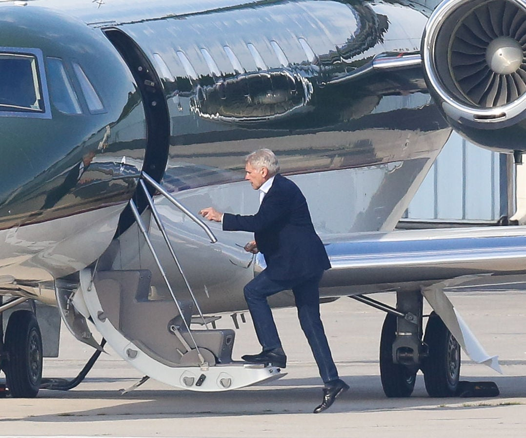 Harrison Ford S Airplanes : Harrison ford back in the pilot s seat after close call