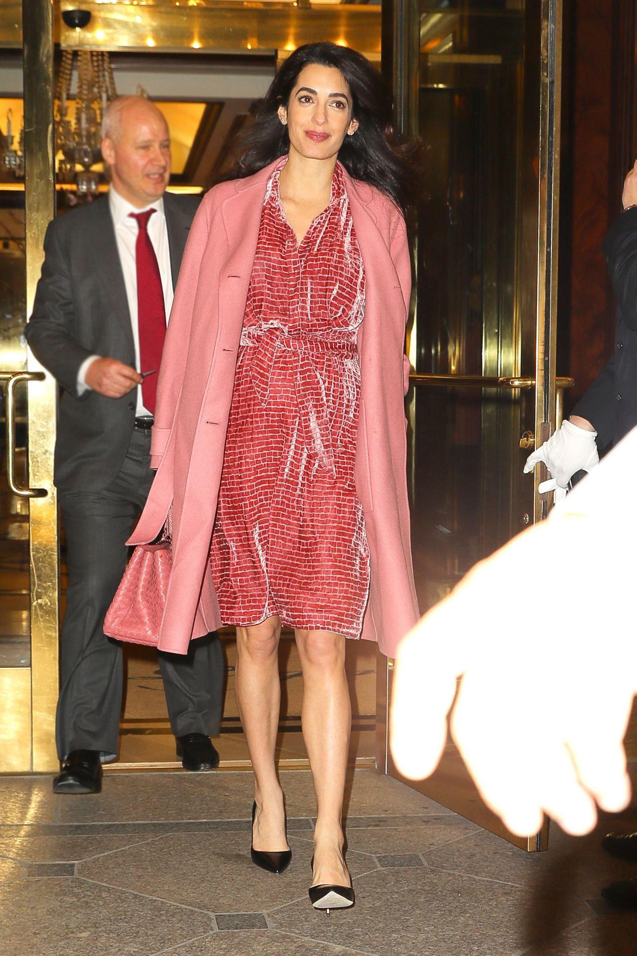 Pregnant Amal Clooney Is Pretty In Pink Chic In Black