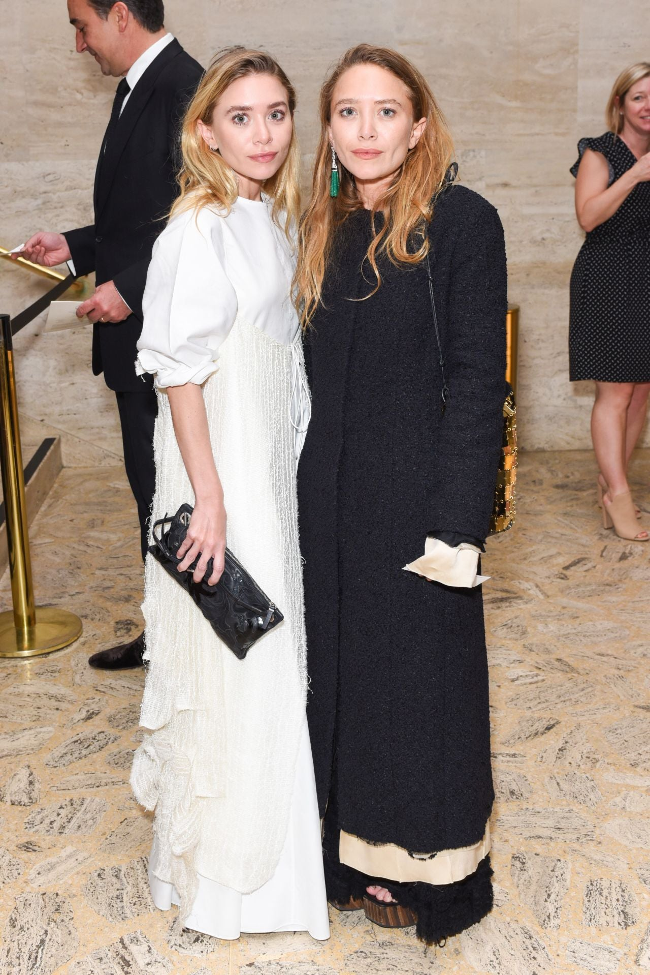 mary kate and ashley olsen attend ballet gala in nyc. Black Bedroom Furniture Sets. Home Design Ideas