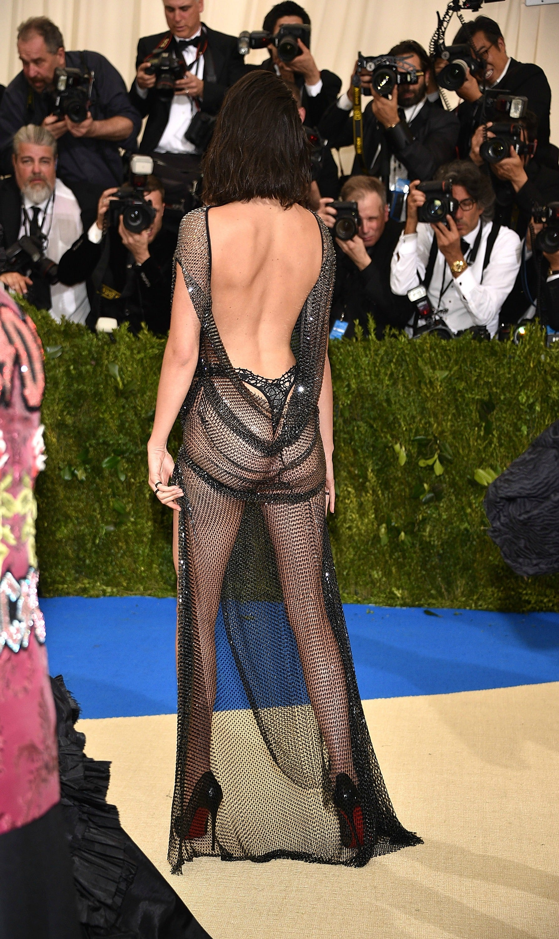 Kendall Jenner Shows Off Bare Butt in Sheer Dress at the Met Gala ...