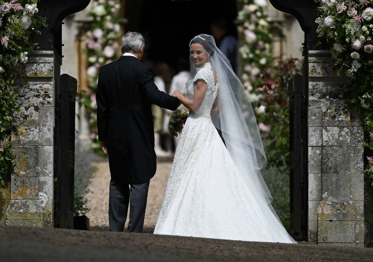 Pippa middleton wows in giles deacon wedding dress all for Giles deacon wedding dresses