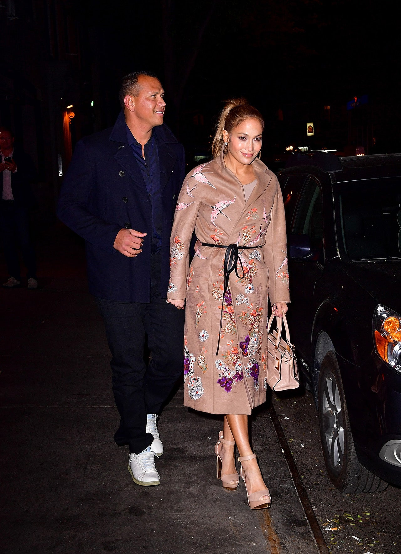 Jennifer Lopez And Alex Rodriguez Hold Hands On Romantic