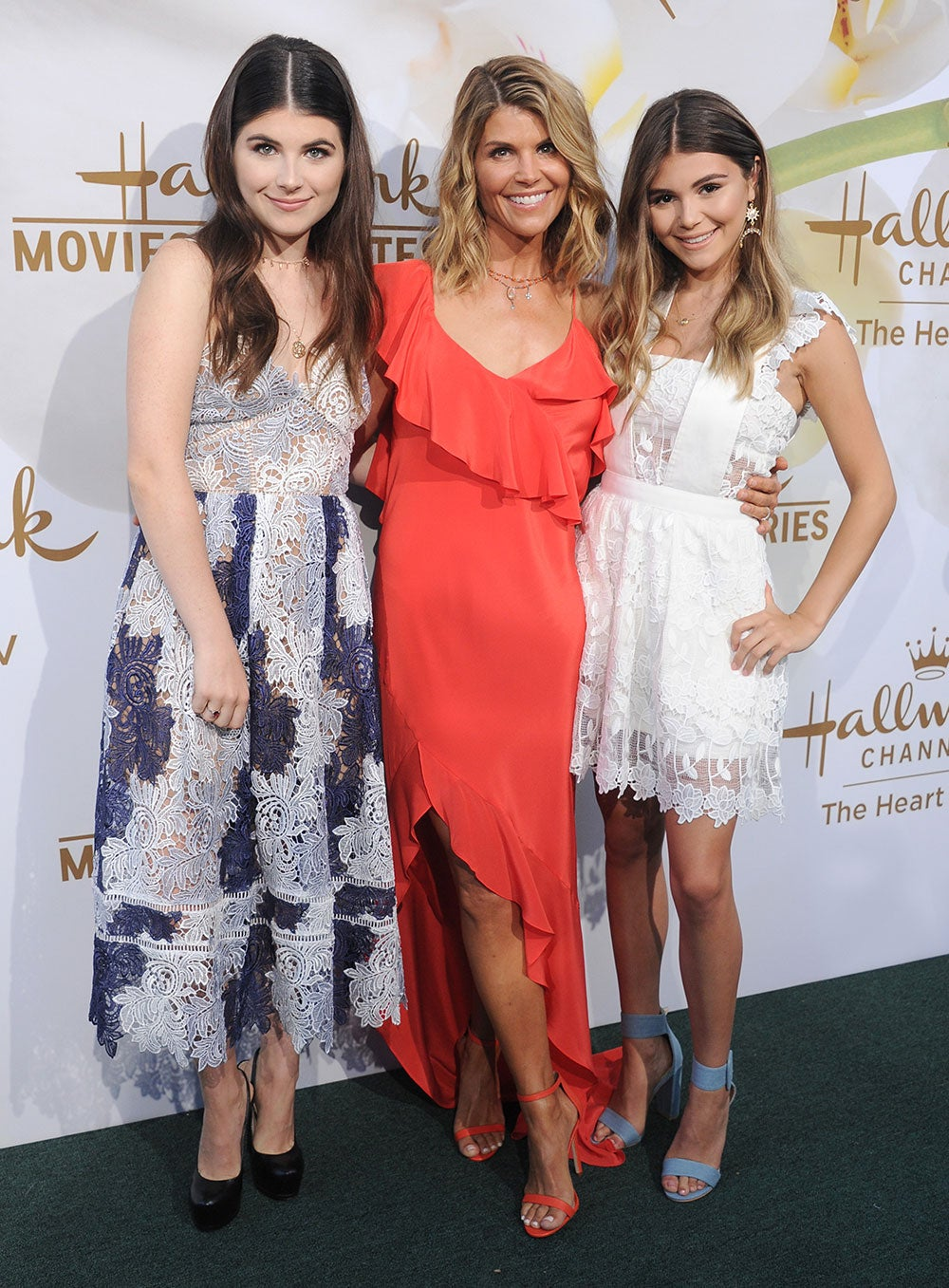 Lori Loughlin Hits The Red Carpet With Look Alike