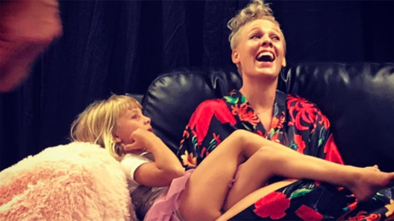 pink gets stuck in an elevator with daughter willow before
