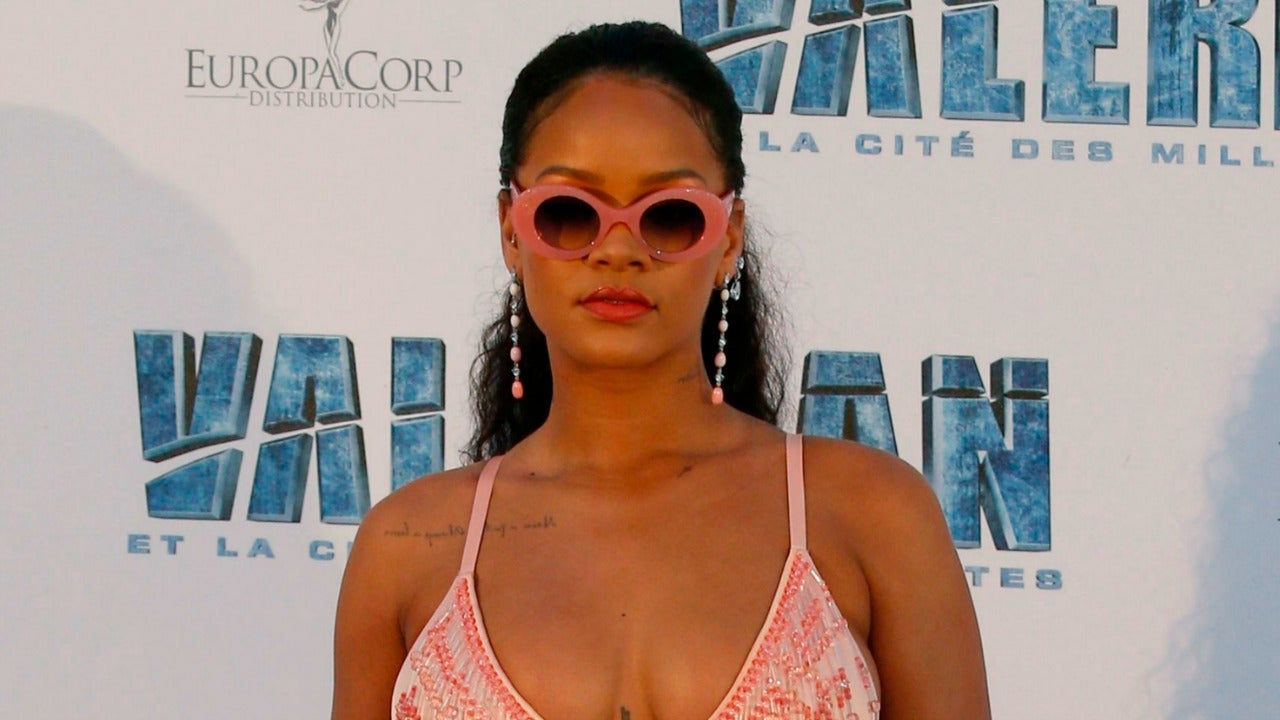 Forum on this topic: Rihanna and Cara Delevingne Steal The Show , rihanna-and-cara-delevingne-steal-the-show/