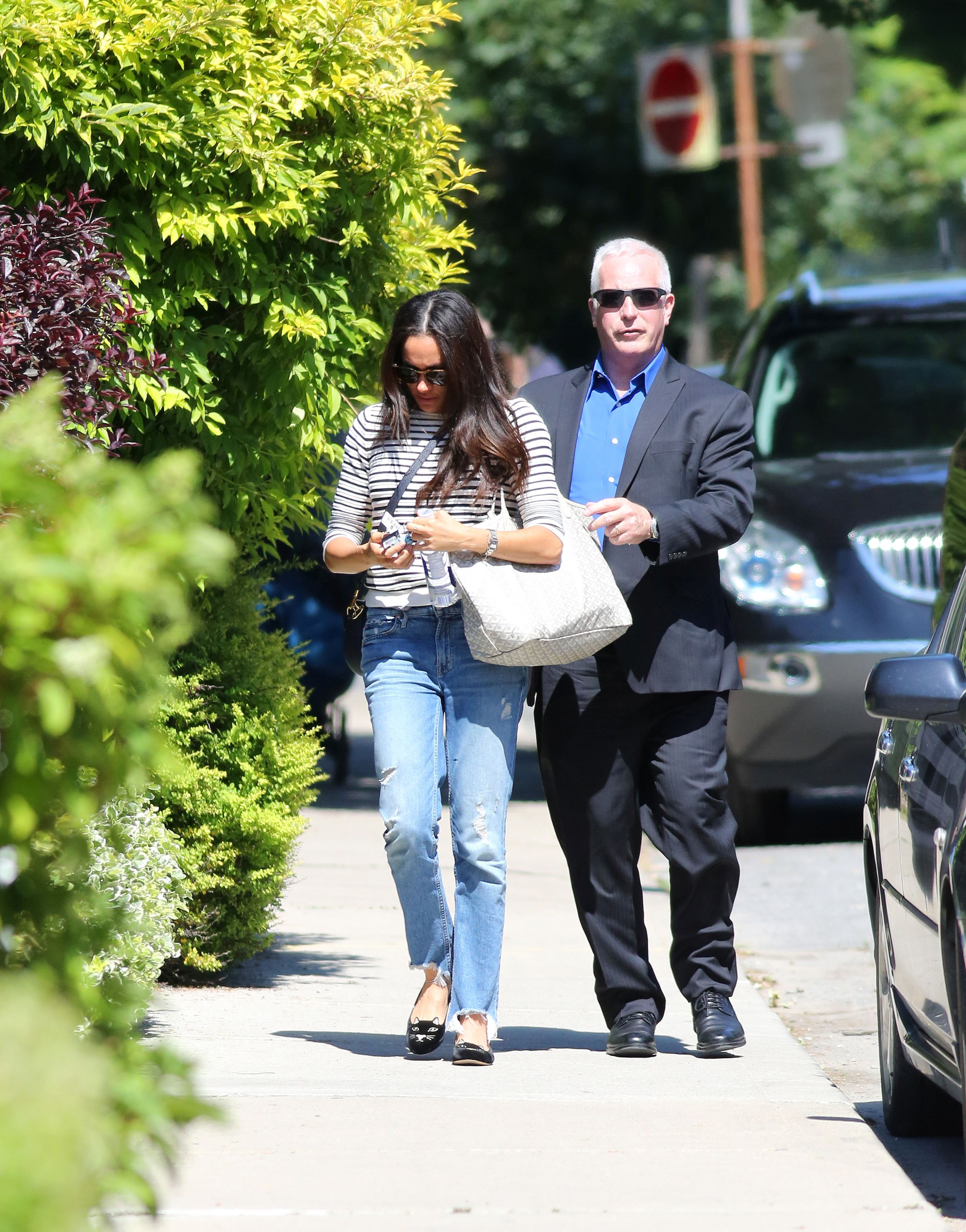 Meghan Markle Arrives Home In Toronto Following 10 Day