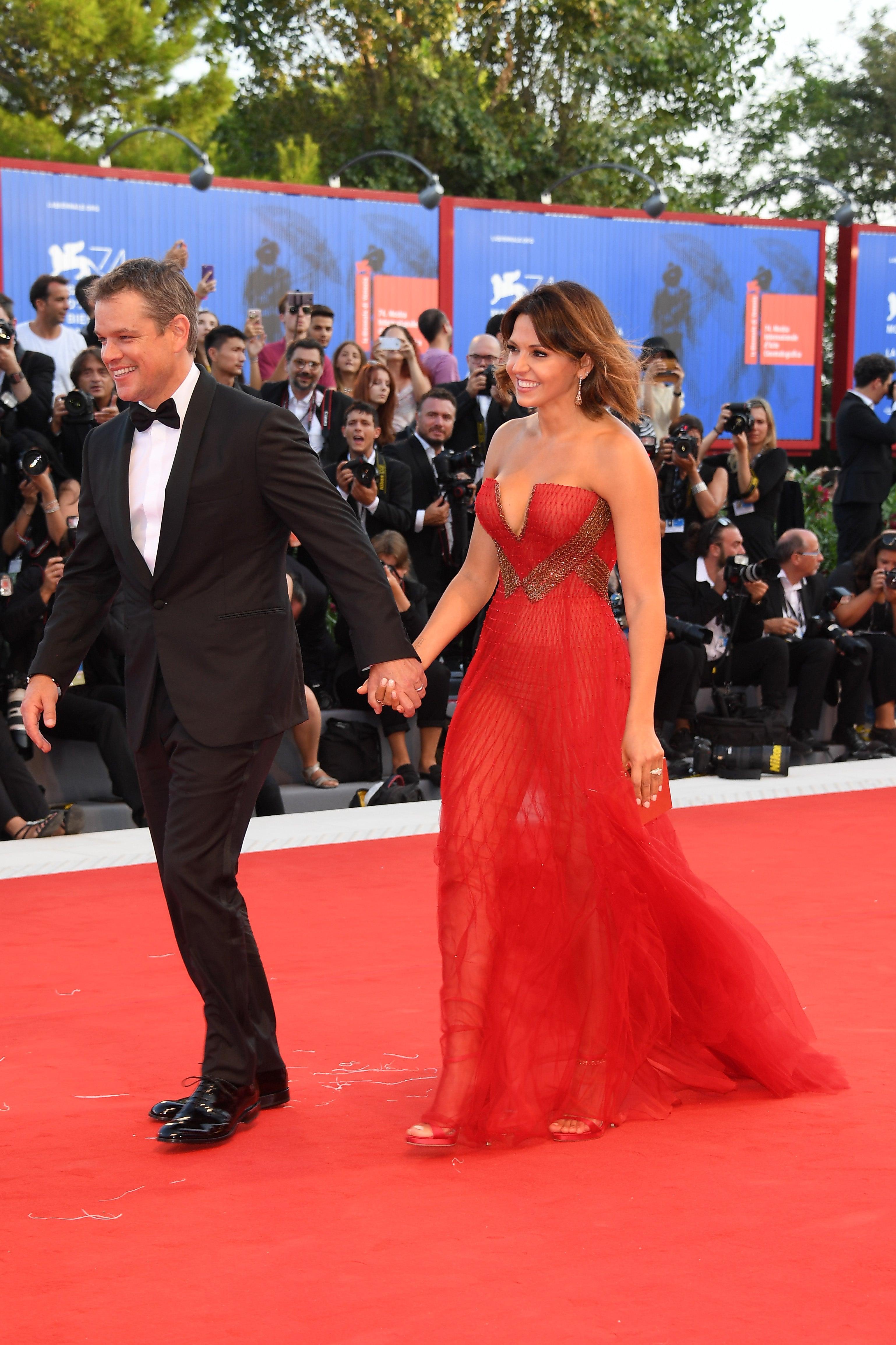 Matt Damon and Wife Luciana Barroso Look So in Love at ... Matt Damon Wife