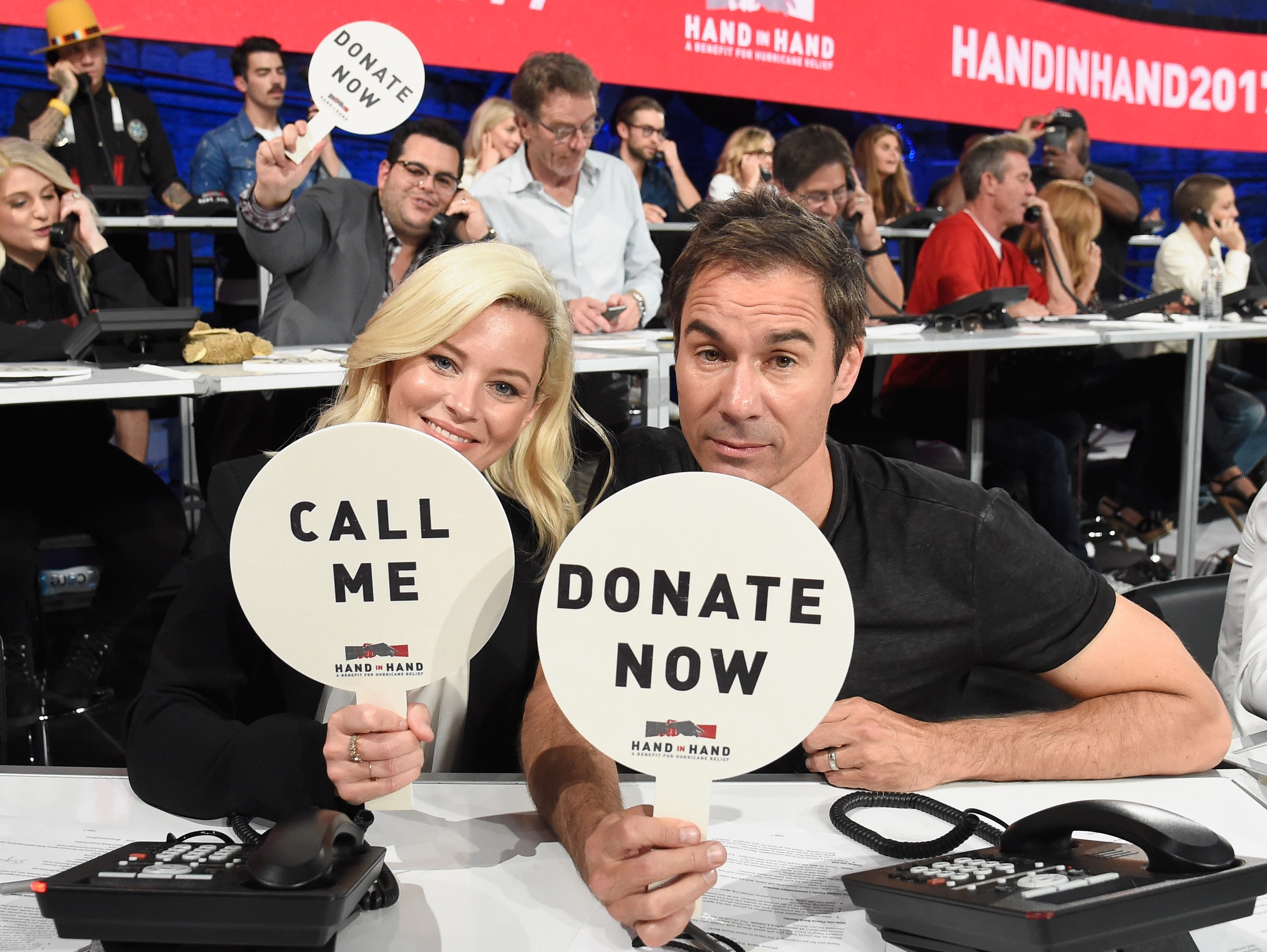 Elizabeth Banks and Eric McCormack at Hand in Hand