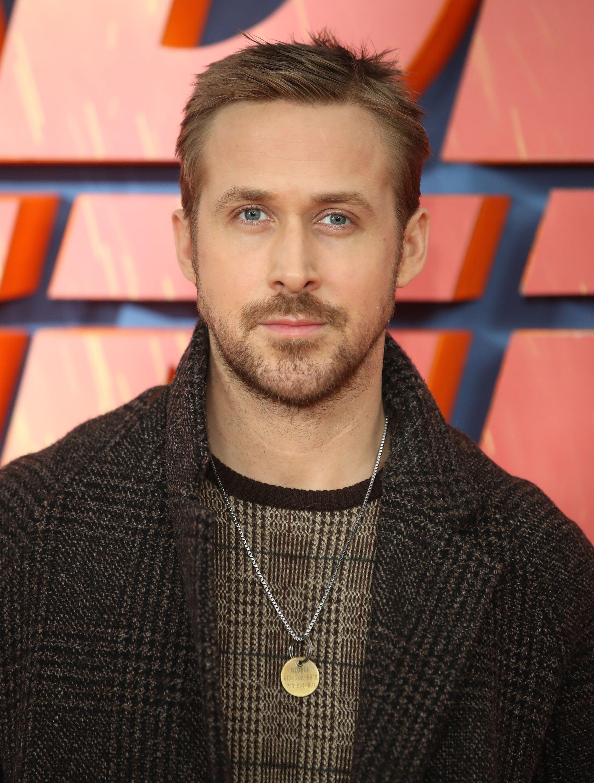 Ryan Gosling Pays Trib...