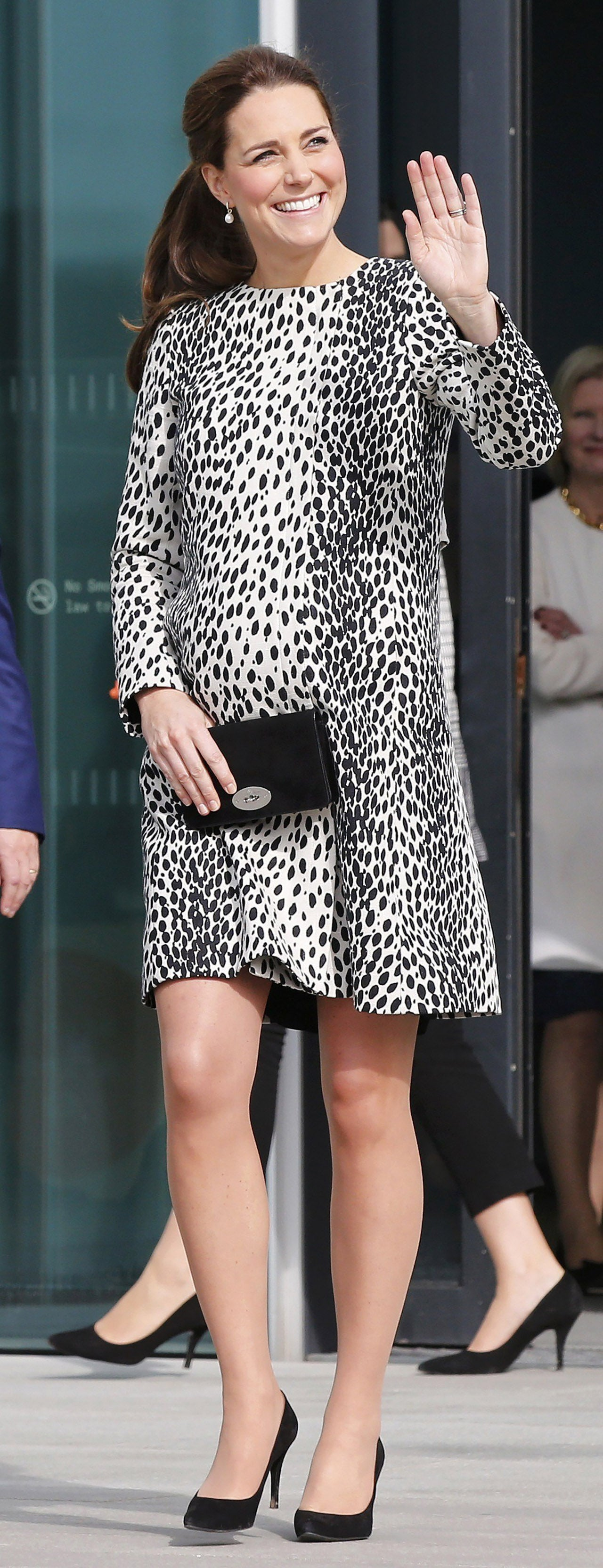 Kate middletons top 10 pregnancy looks see her regal maternity kate middleton pregnancy ombrellifo Gallery