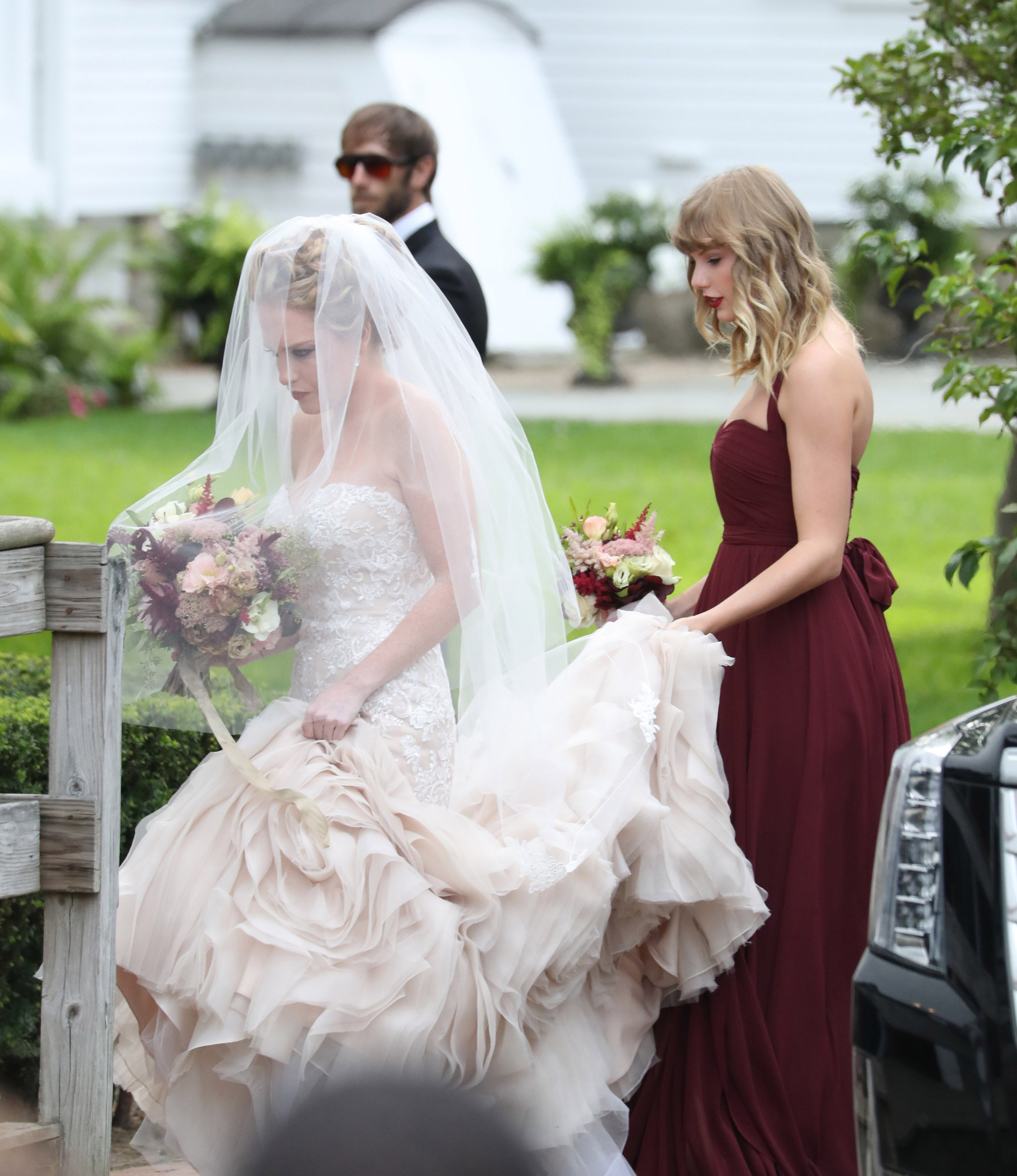 Taylor Swift Looks Stunning As A Bridesmaid For BFF Abigail Andersons Wedding See The Pics