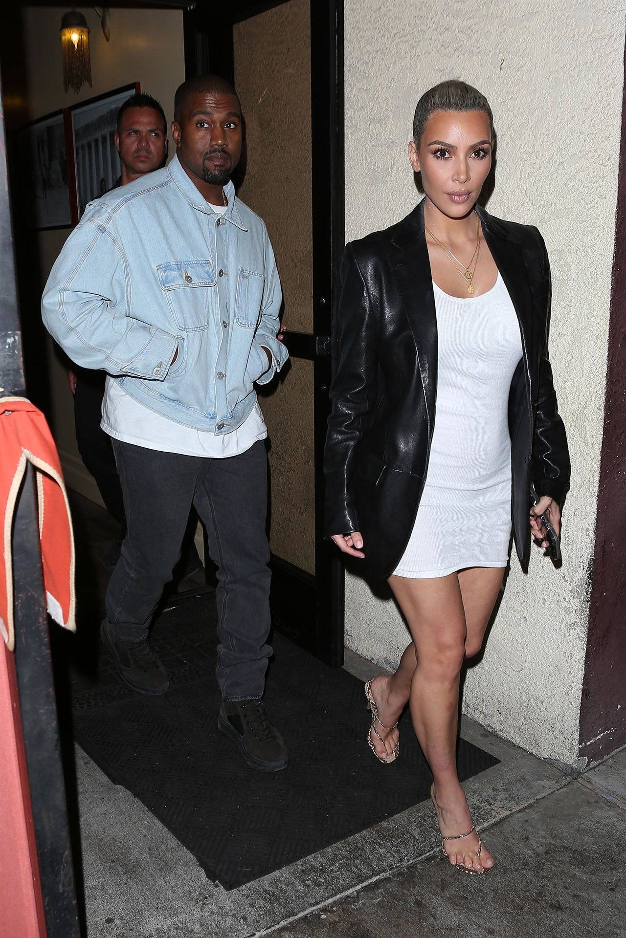 Kanye West and Kim Kardashian go out to dinner