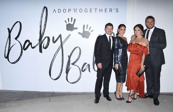 Nick and Vanessa Lachey, Lindsay Price and Curtis Stone