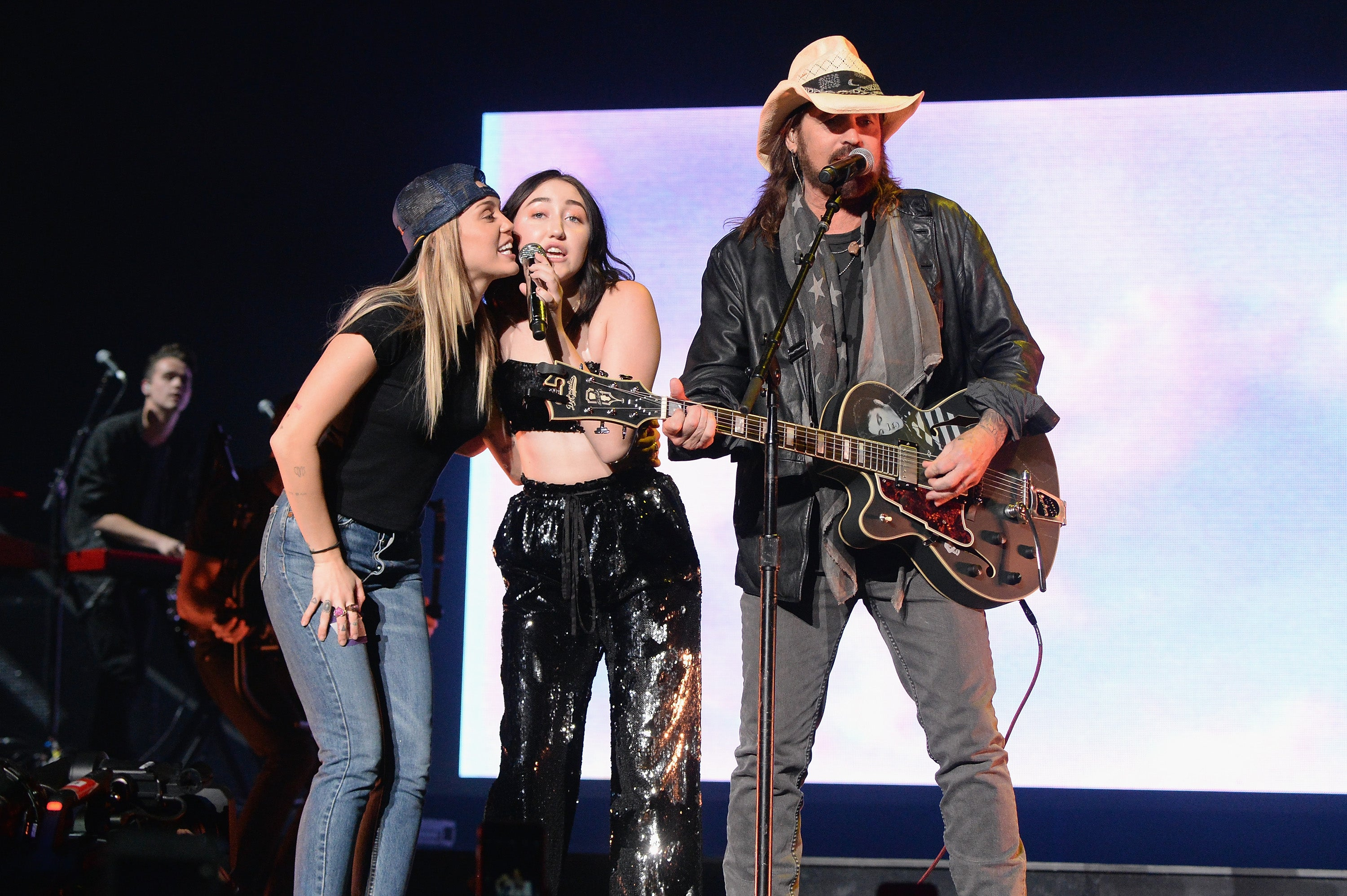 it u0027s a family affair miley cyrus and billy ray cyrus join noah on