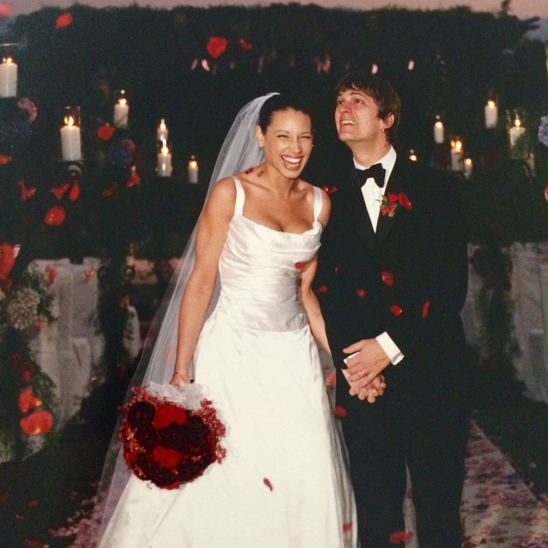 Matchbox Twenty S Rob Thomas Celebrates 18th Wedding