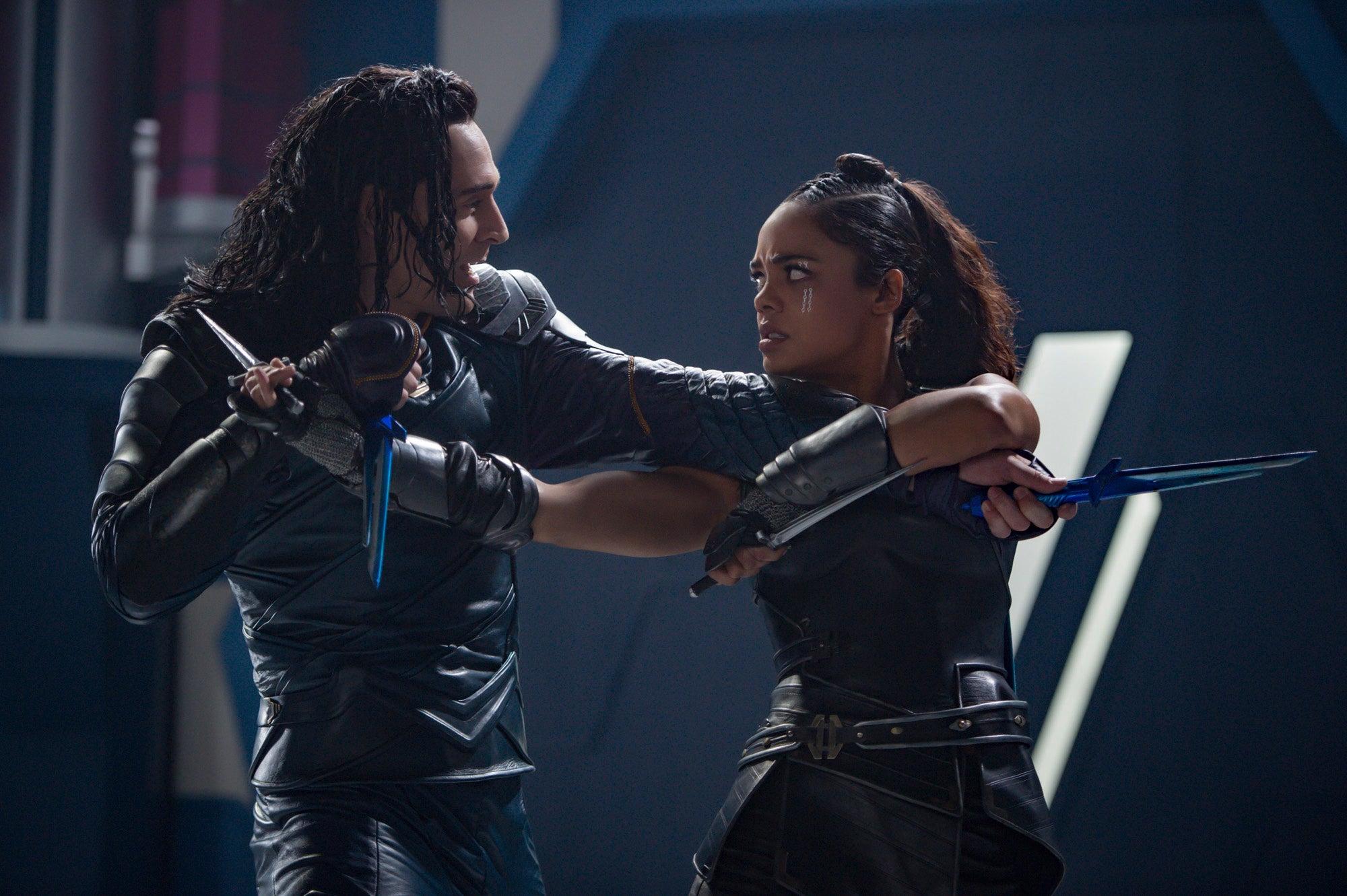 Tom Hiddleston, Tessa Thompson in Thor: Ragnarok