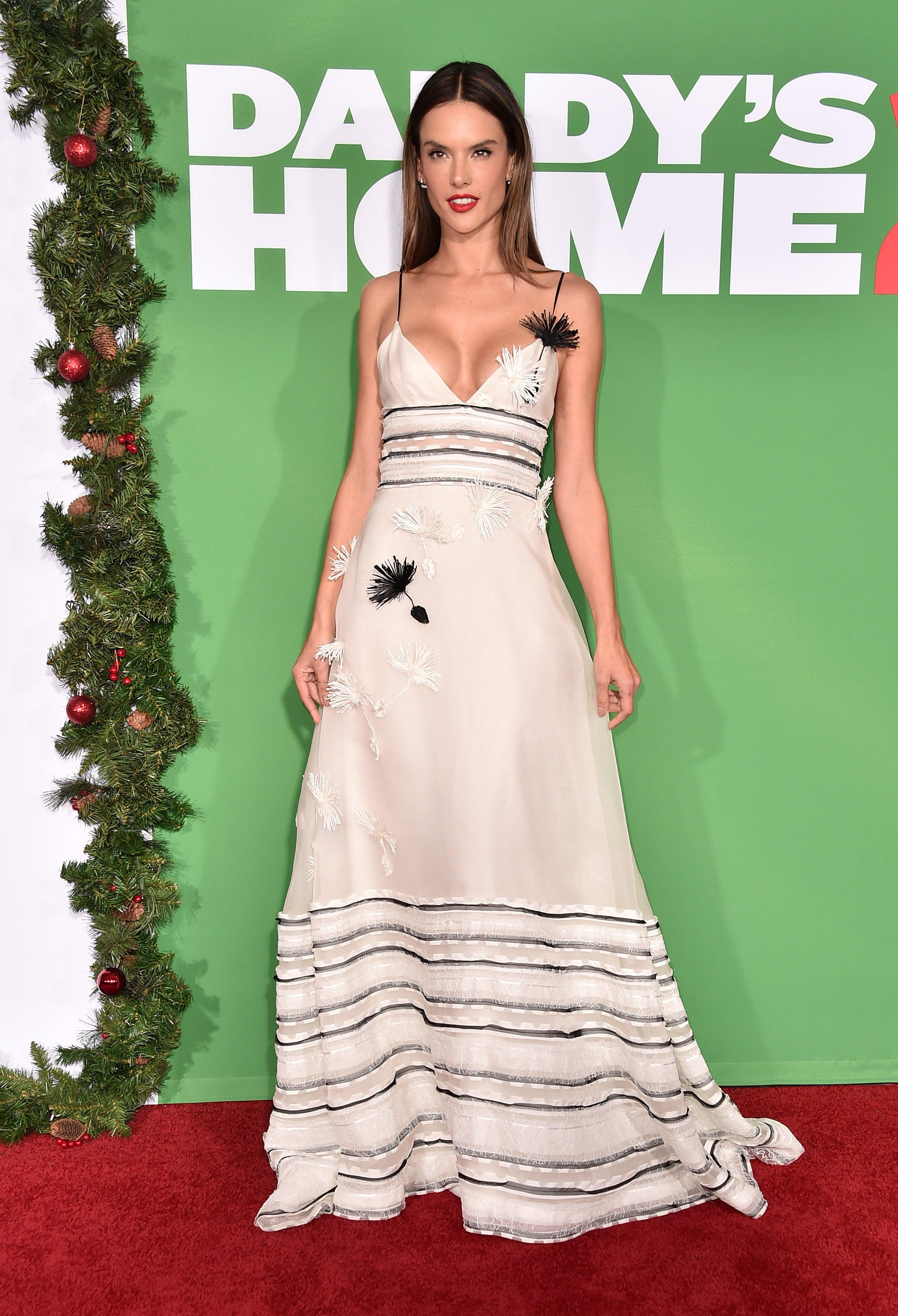 Alessandra Ambrosio Daddys Home 2 Premiere