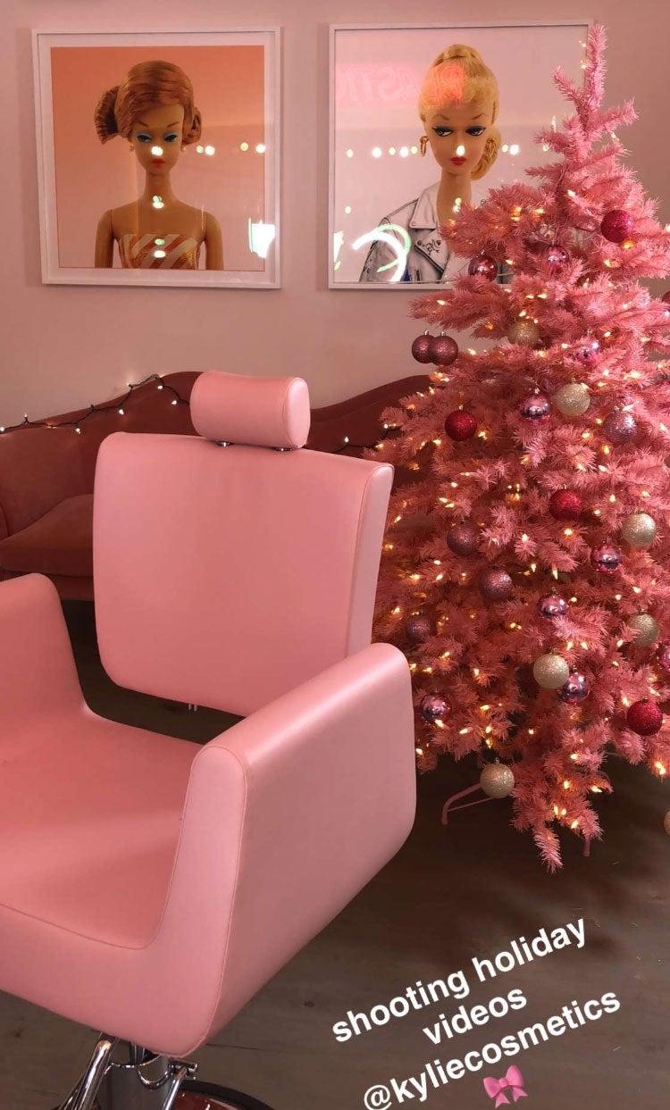 Kylie Jenner pink decor