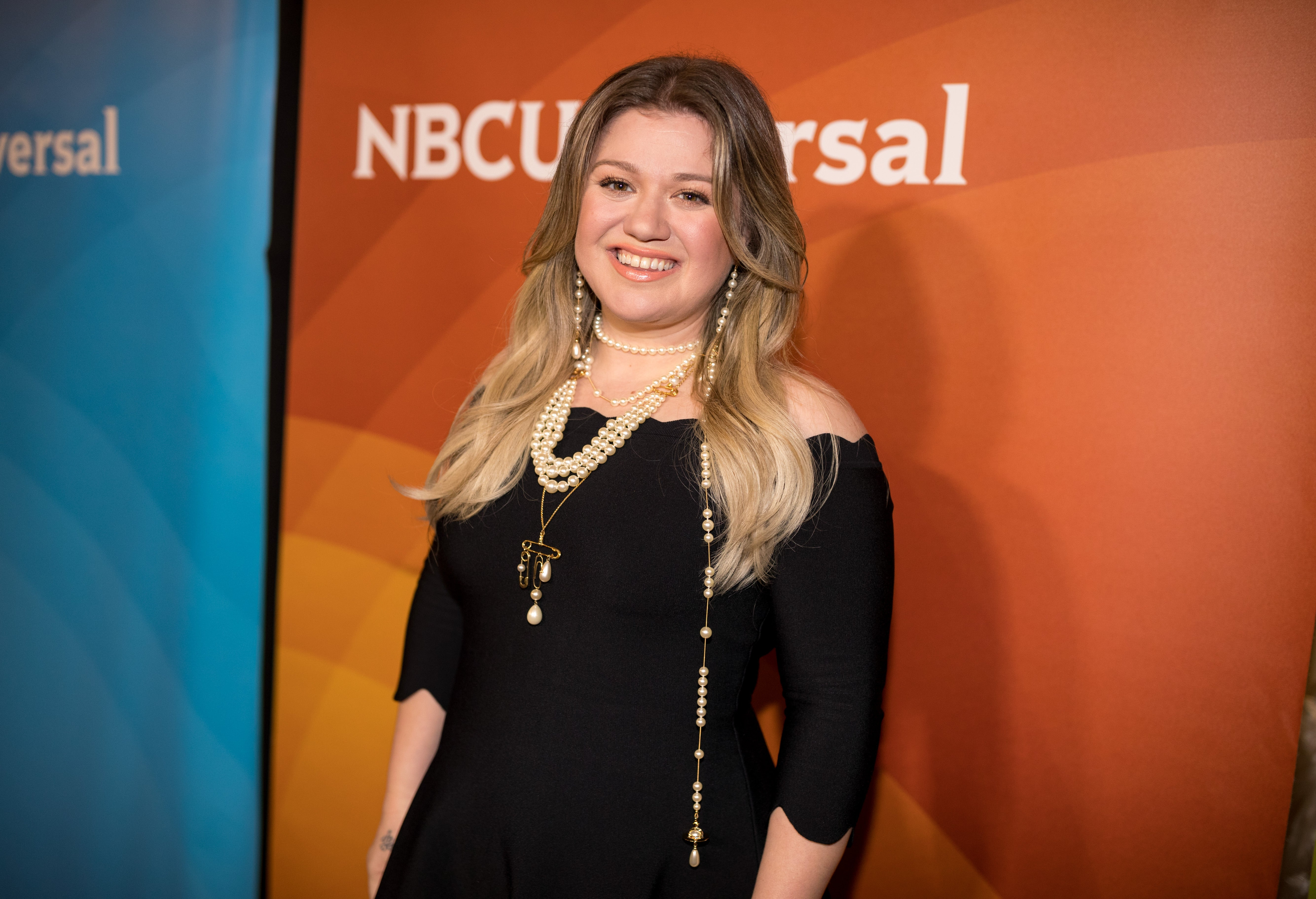 Kelly Clarkson Dishes On Her Voice Strategy Amp Why She