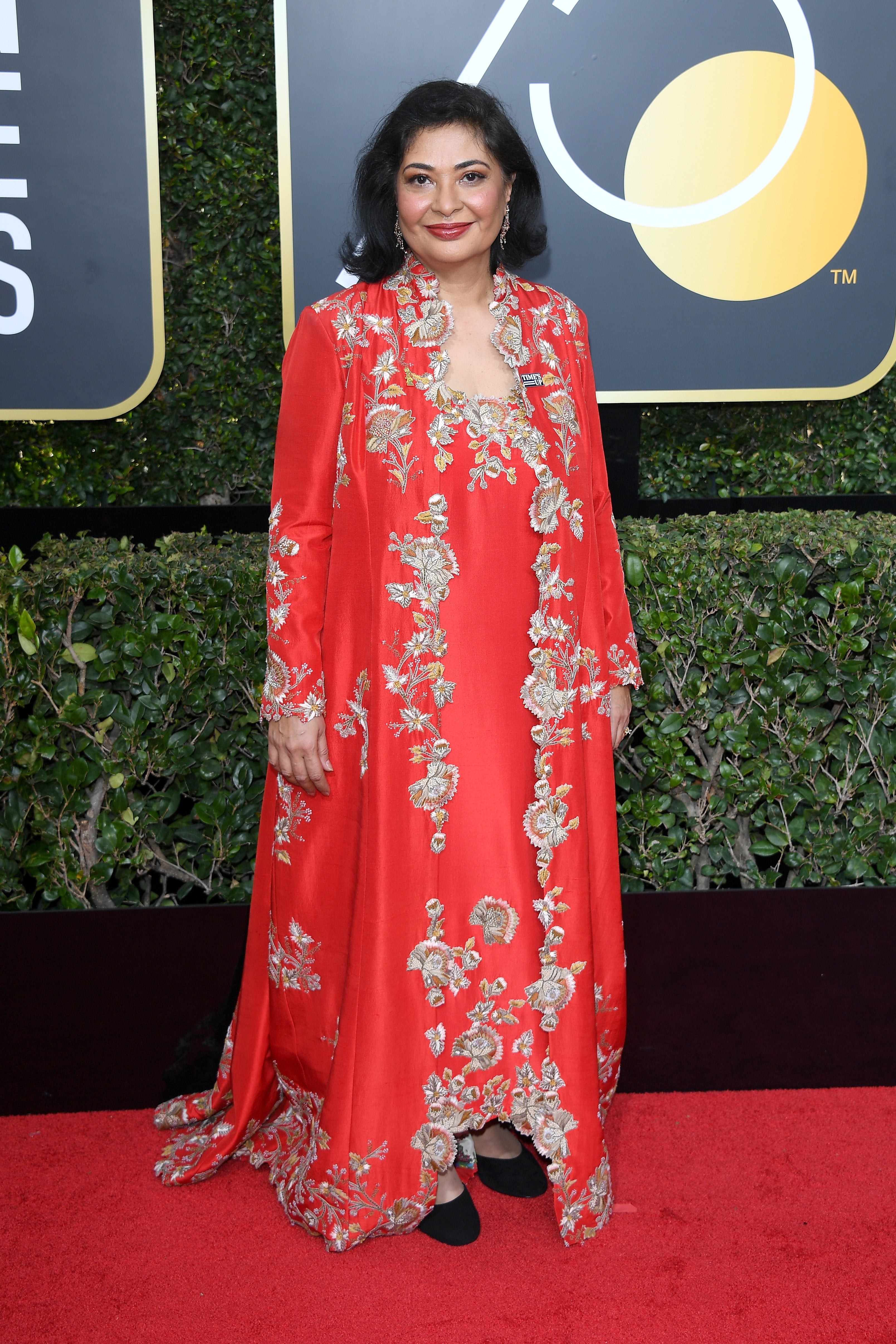 hfpa president meher tatna explains why she didn t wear black to the