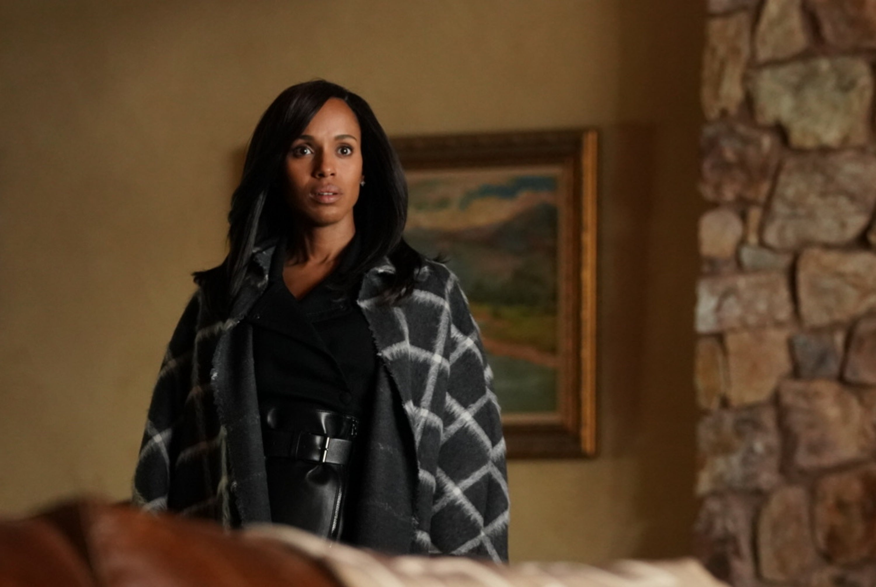 23bae4fa5a2471 'Scandal': Olivia Gets Shot After Facing Off With Quinn -- Is This Her  Turning Point?