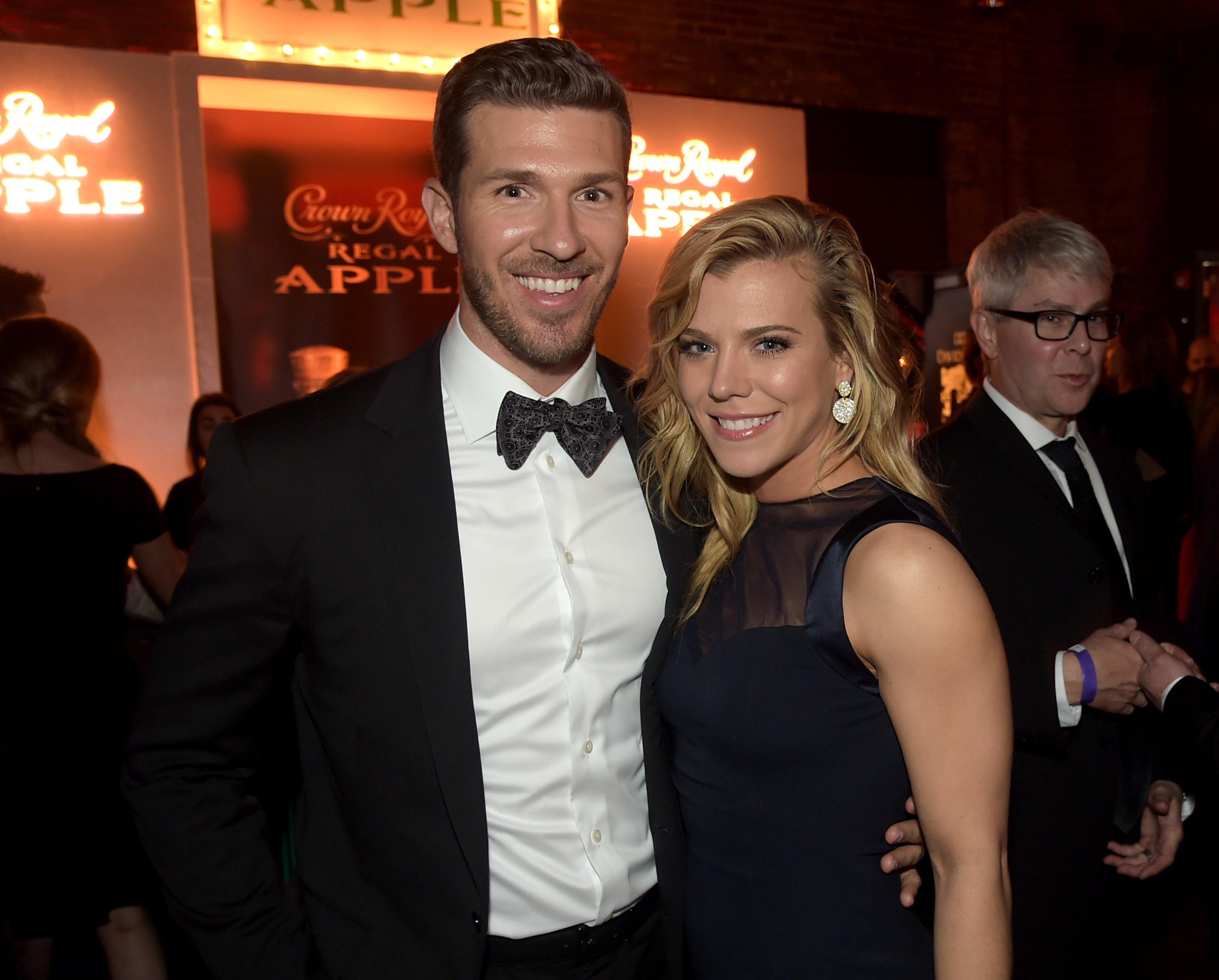 The Band Perry's Kimberly Perry Splits From Husband Jp Arencibia After 4 Years Of Marriage Entertainment Tonight: Kimberly Perry Wedding Dress At Reisefeber.org