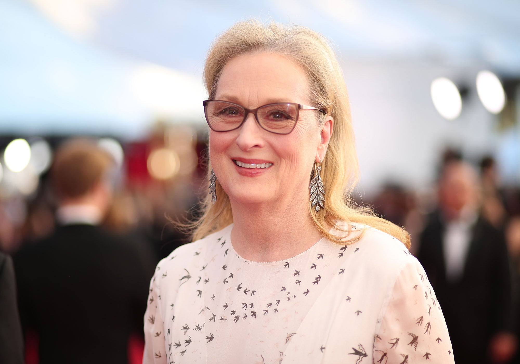 Meryl Streep Turns 70 See All The Birthday Wishes From Her Famous Friends